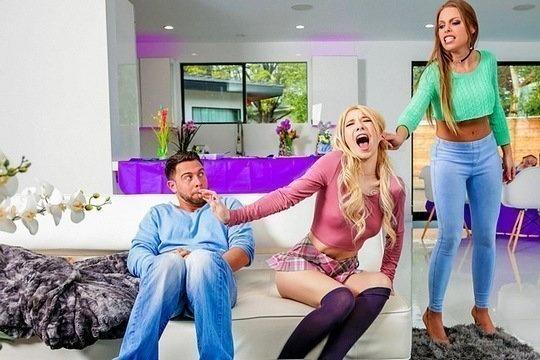 Мать Britney Amber трахается с сыном и дочерью в групповухе