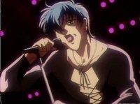 От недостатка поклонниц тот певец не страдает