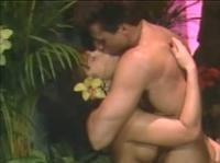 Адам и Ева жарко трахаются в райском саду