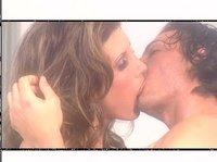 Одними поцелуями им не удастся насытить свои гениталии